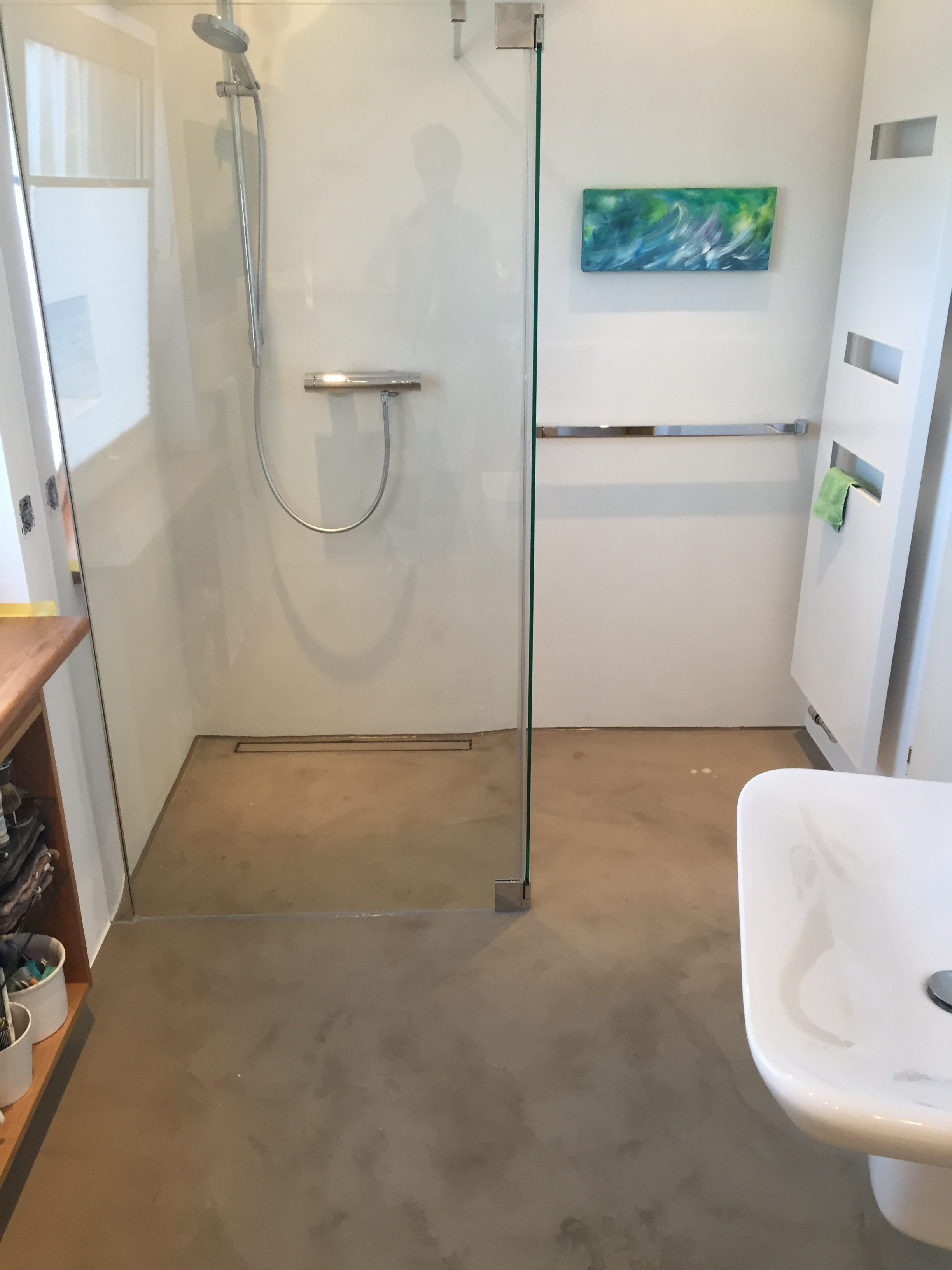badezimmer barrierefrei und fugenlos maler trynoga aus wuppertal. Black Bedroom Furniture Sets. Home Design Ideas